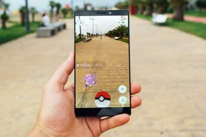 pokemon-go-present-future-0001-720x720